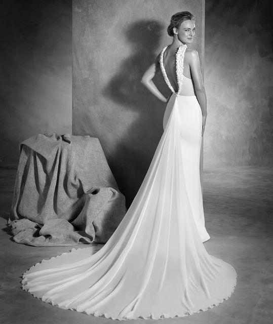 vestido de novia de pronovias noemi. colección atelier 2017