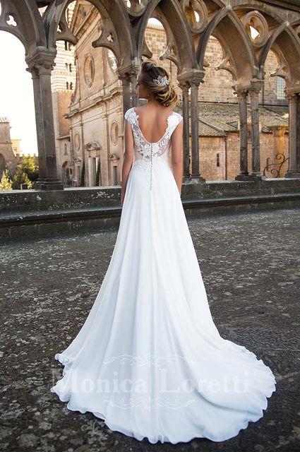 c4d73e7e4 Vestido de novia de Monica Loretti Mariana. Colección Viterbo