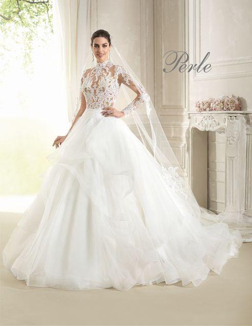 5b06cdc1b69b Delsa P7832 wedding dress. Perle 2018 collection