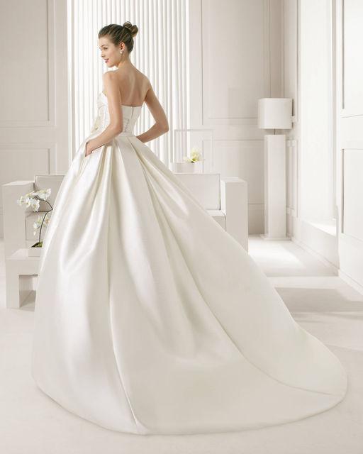vestido de novia de rosa clara 81256 sevilla. colección rosa clara 2015