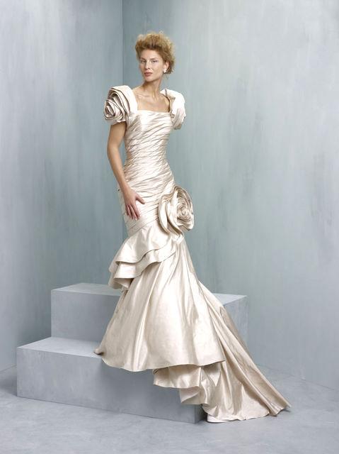Ian Stuart wedding dresses. Supernova collection