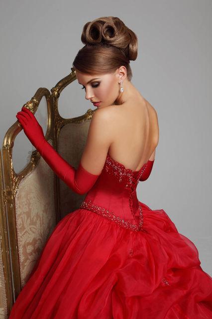 Фото девушек рыжих в вечернем платье