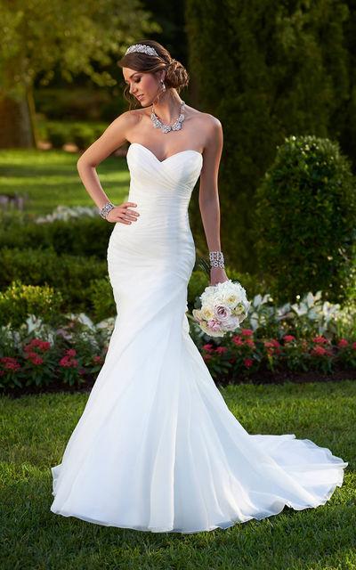 Свадебные платья модели купить