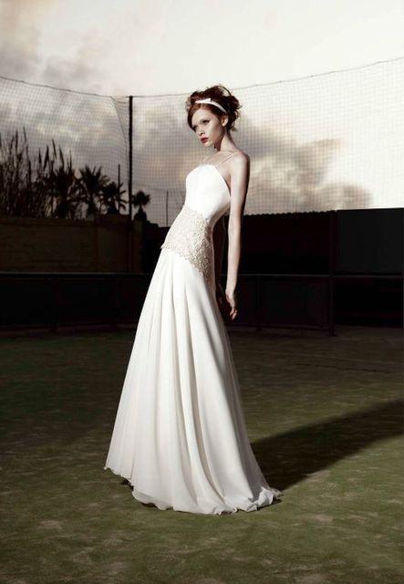 vestido de novia de raimon bundo kristel. colección kissbundo