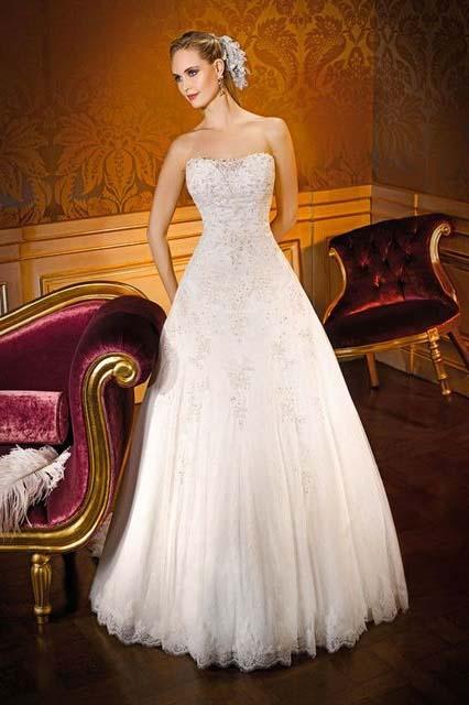 фото свадебного платья А-силуэта фасона принцесса